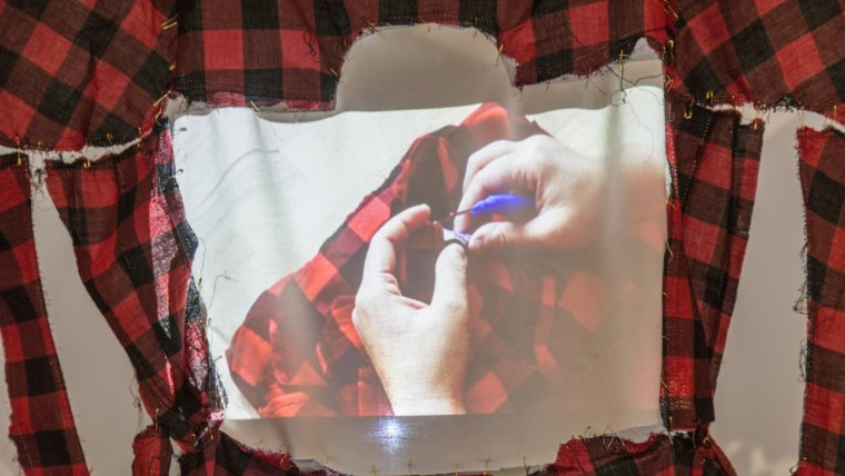 HKHRAP 2017 - Winner Christy Chow with work De-stitching - Photo credit to Katie Vajda