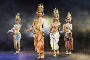 The Royal Ballet of Cambodia 11 (copyright © 2017 - Alain Hanel)
